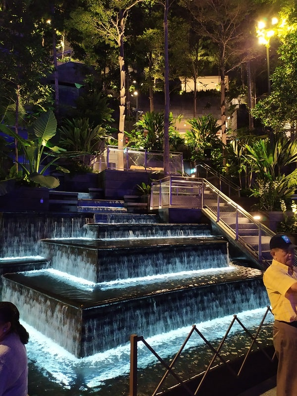 Водопад Jewel