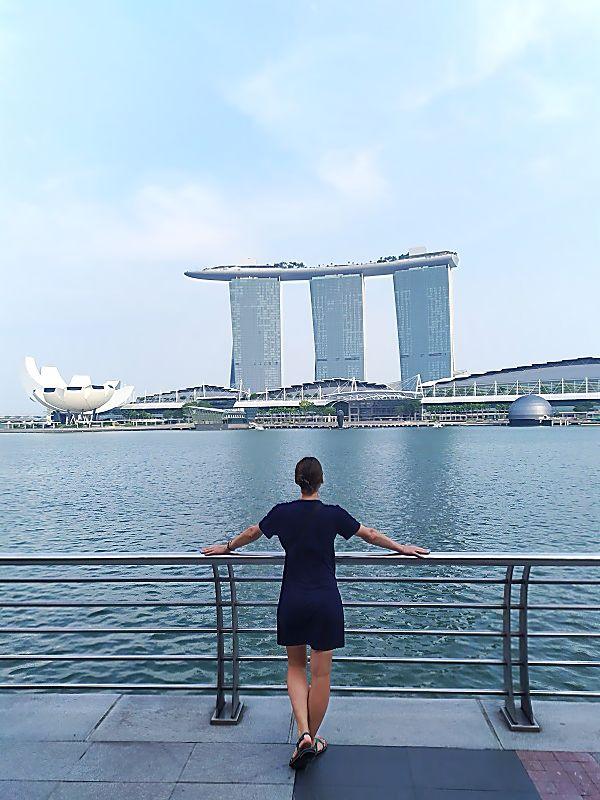 Вид на отель в Сингапуре со стороны гавани