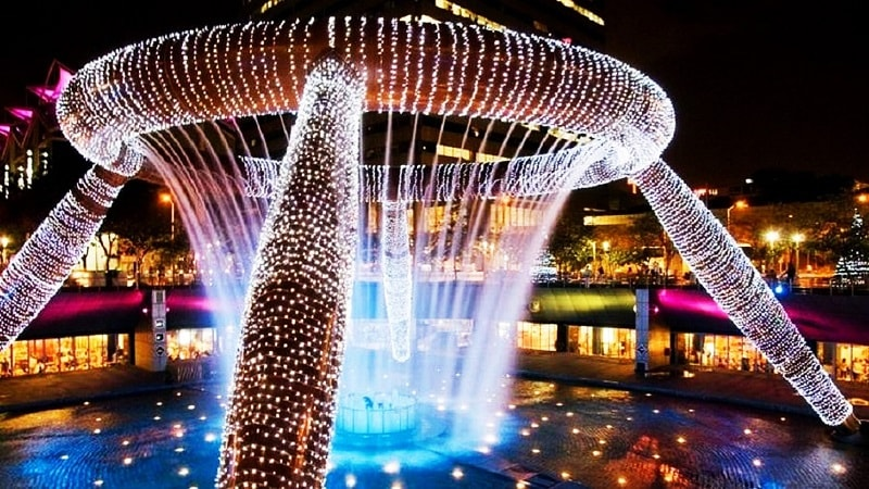 световое шоу фонтана богатства